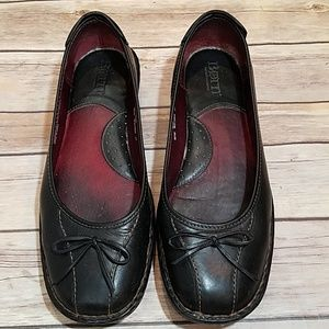 Born black leather stitched flats bow